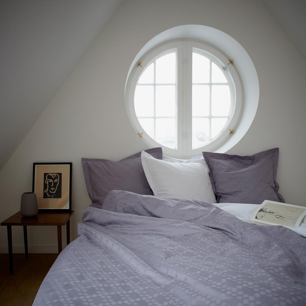 dots senget j fra georg jensen damask. Black Bedroom Furniture Sets. Home Design Ideas